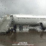 中国人「雨の空港のタラップが日本と中国で違いすぎる」 中国人「何を大事にするかの差」「サービスで日本と比べてはいけない」
